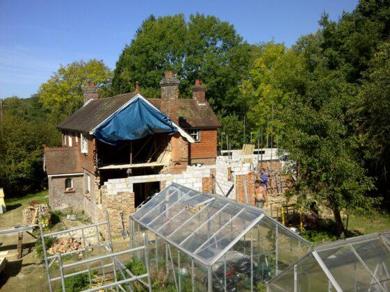 https://www.transformationsbuilders.co.uk/wp-content/uploads/2019/09/Renovation-Refurbishment-.jpg